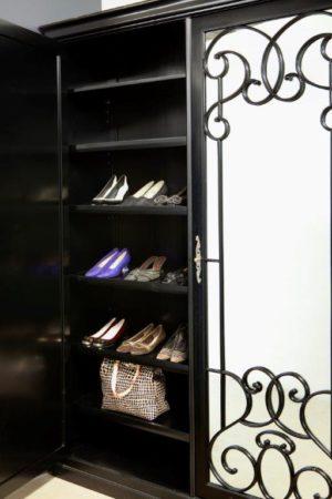 Manhattan Shoe Cabinet